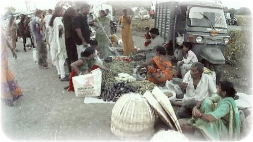 कोंकणचा आठवडा बाजार - konkan market day